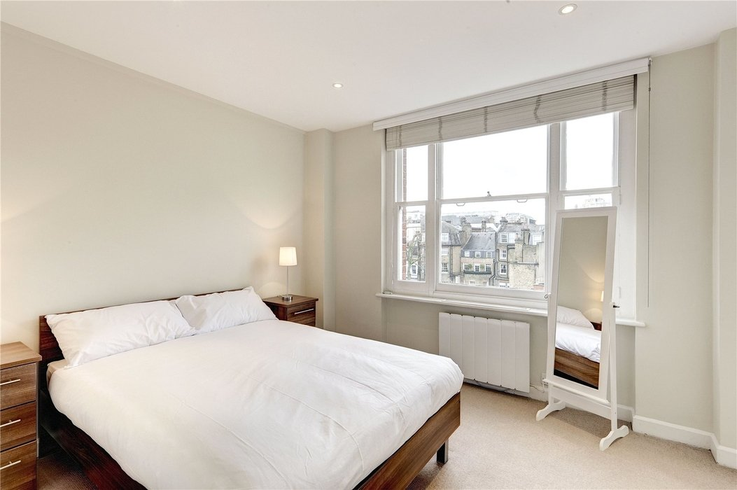 2 bedroom Flat to let in Mayfair,London - Image 4