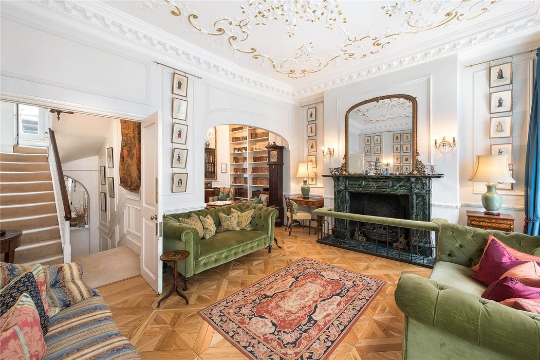 4 bedroom House for sale in Mayfair,London - Image 2