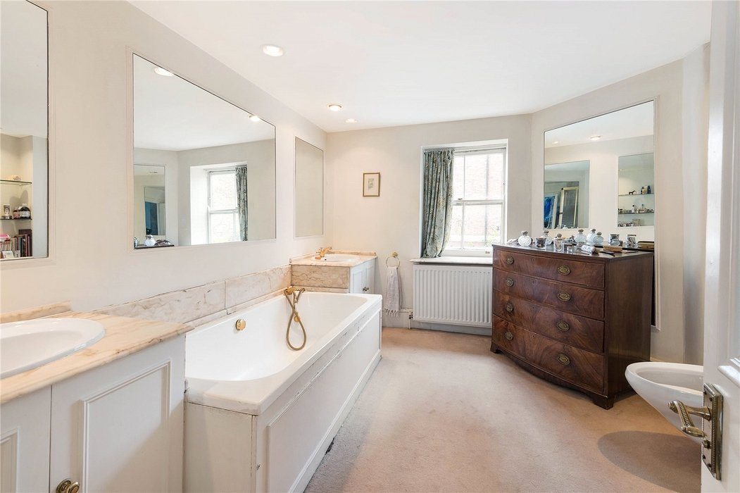 4 bedroom House for sale in Mayfair,London - Image 6