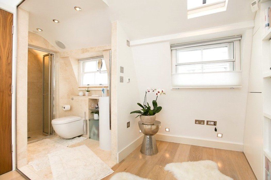 2 bedroom Flat to let in Mayfair,London - Image 9