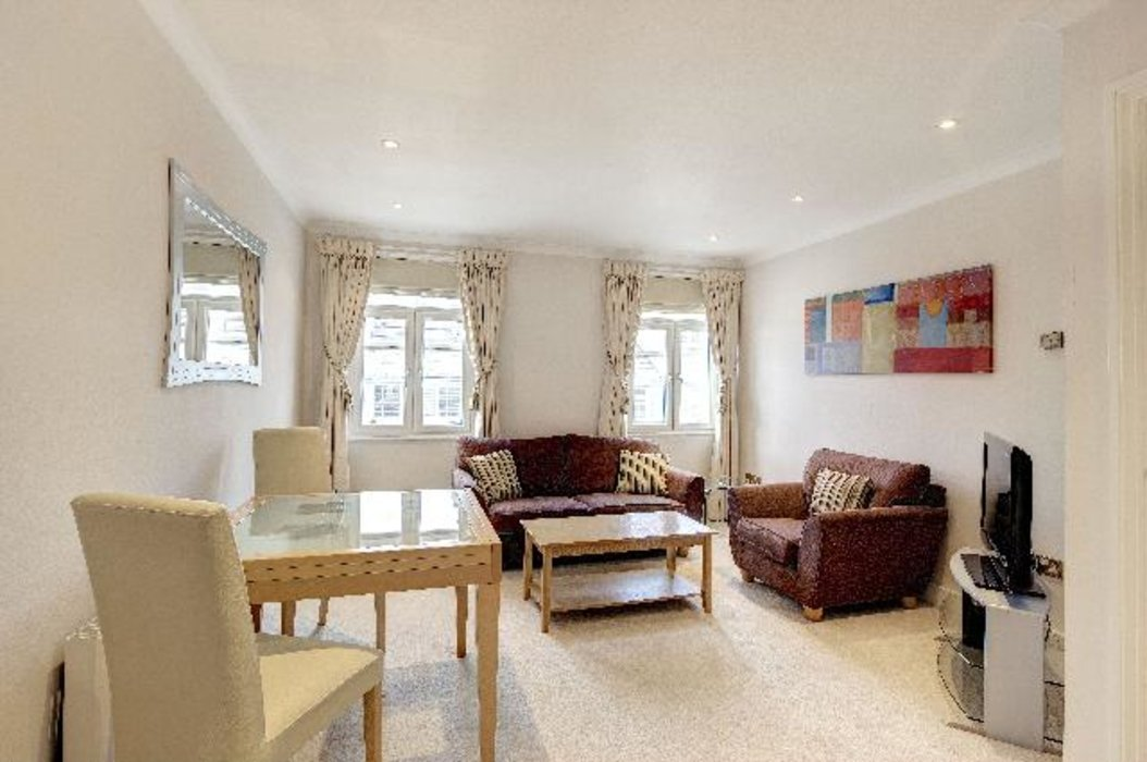 1 bedroom Flat to let in Mayfair,London - Image 1