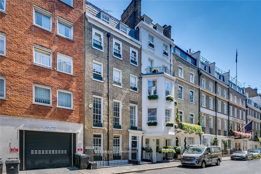 Office to let in Mayfair,London - Image 1