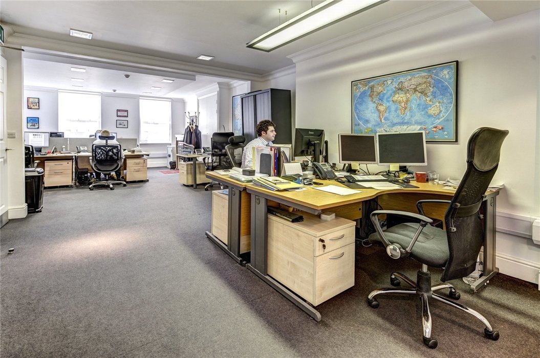 Office to let in Mayfair,London - Image 4