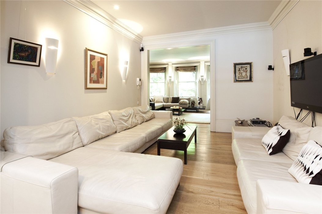5 bedroom House for sale in London - Image 5