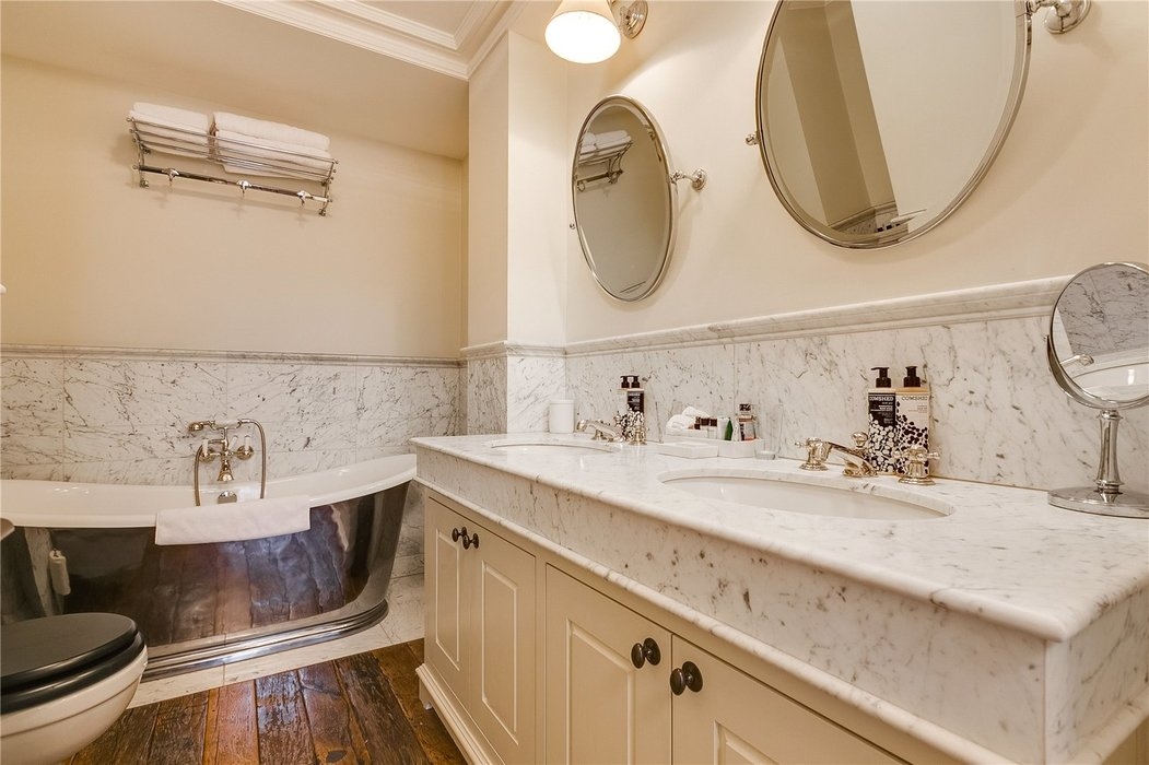 3 bedroom Flat to let in Mayfair,London - Image 12