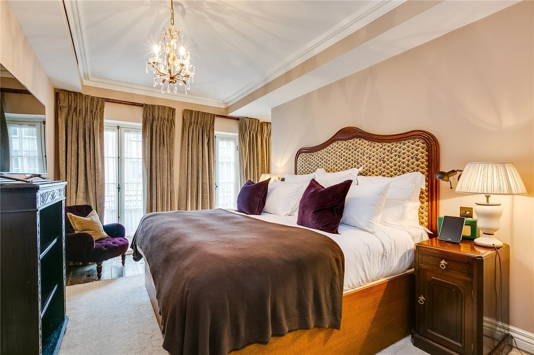 3 bedroom Flat to let in Mayfair,London - Image 11