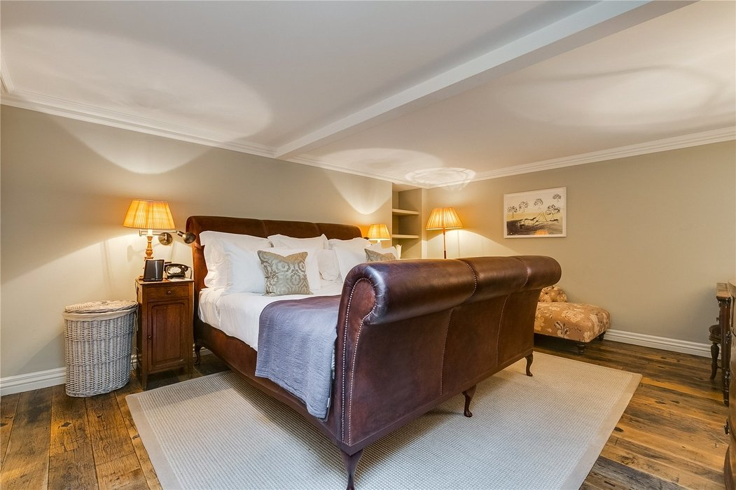 3 bedroom Flat to let in Mayfair,London - Image 13