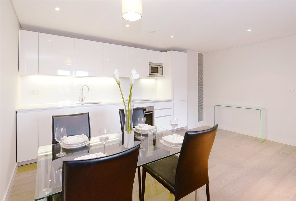 3 bedroom Flat to let in Paddington,London - Image 7