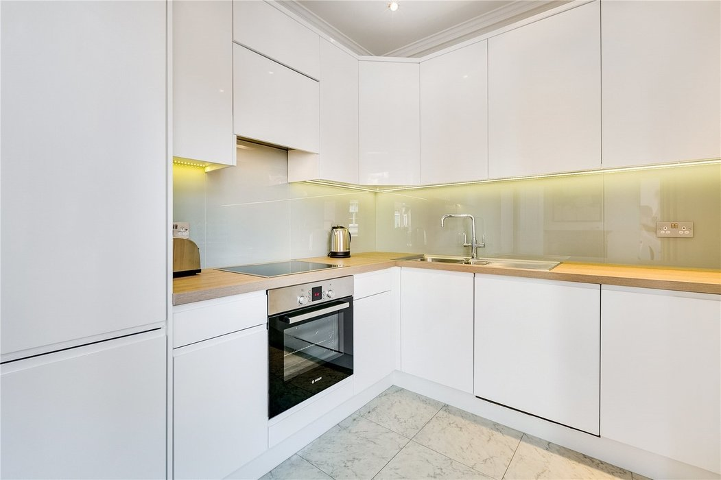 1 bedroom Flat to let in Mayfair,London - Image 5