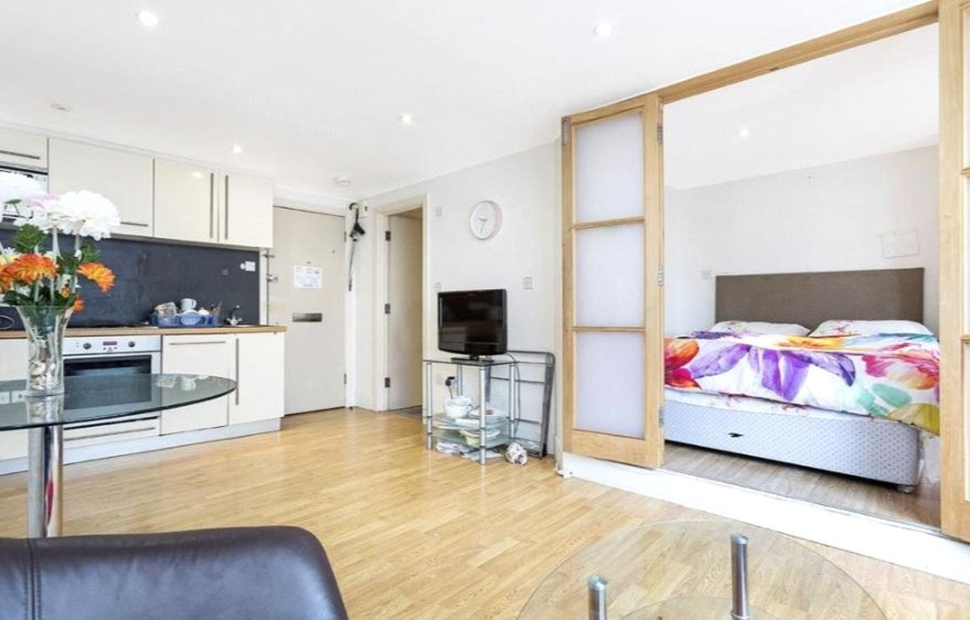 1 bedroom Property to let in Chelsea,London - Image 2