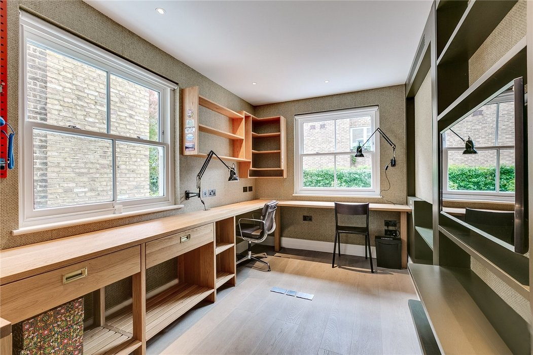 4 bedroom House for sale in Kensington,London - Image 16