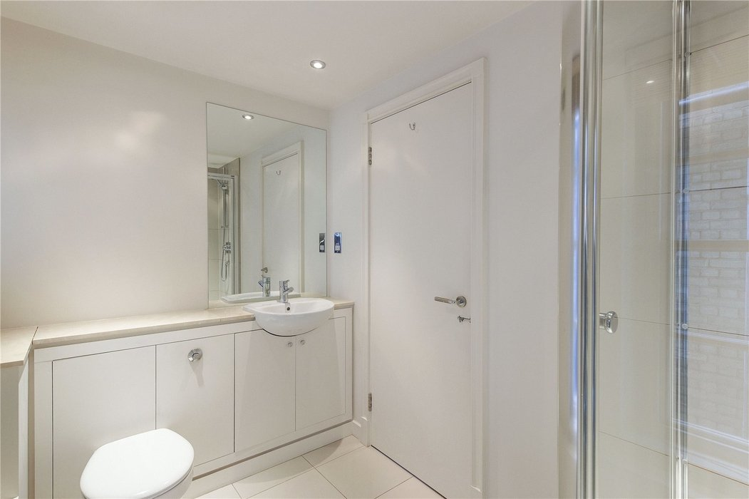 2 bedroom Flat to let in Chelsea,London - Image 6
