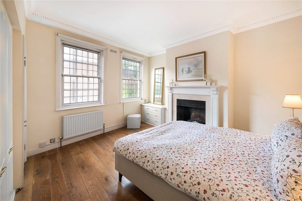 1 bedroom House for sale in Mayfair,London - Image 2