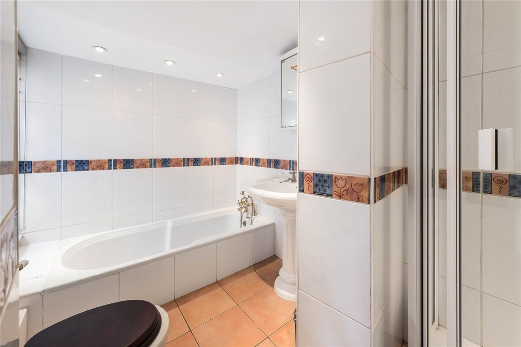 1 bedroom House for sale in Mayfair,London - Image 3