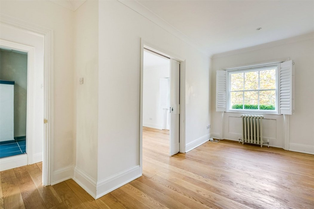 4 bedroom House to let in London - Image 19