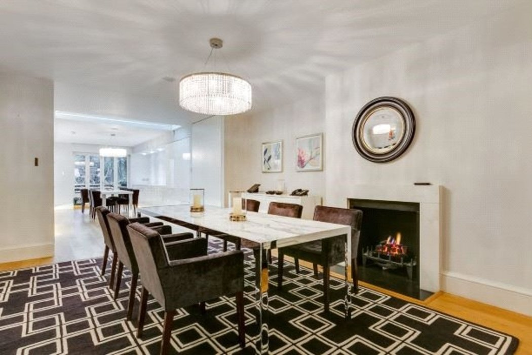 5 bedroom Townhouse to let in Mayfair,London - Image 6