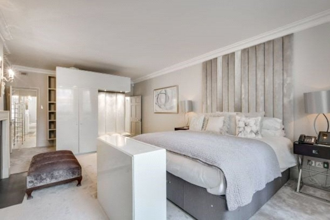 5 bedroom Townhouse to let in Mayfair,London - Image 16