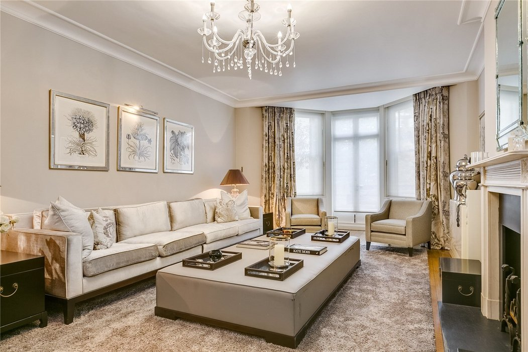 5 bedroom Townhouse to let in Mayfair,London - Image 3