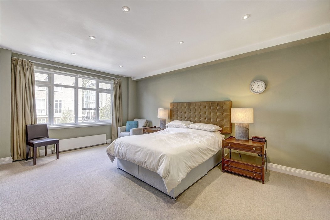3 bedroom Flat for sale in London - Image 7