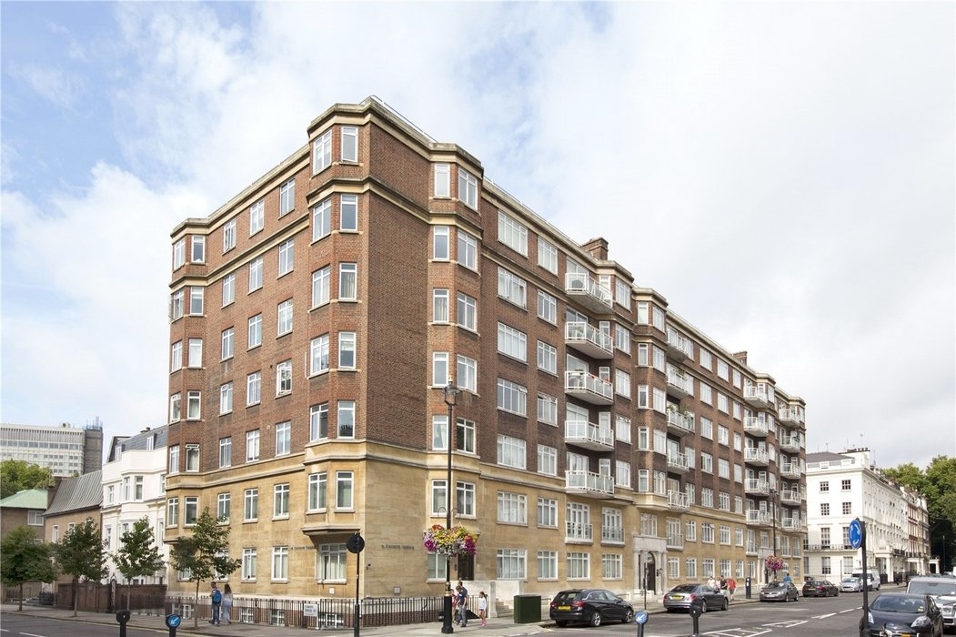 3 bedroom Flat for sale in London - Image 9