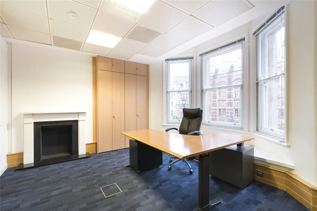 Office to let in London - Image 7