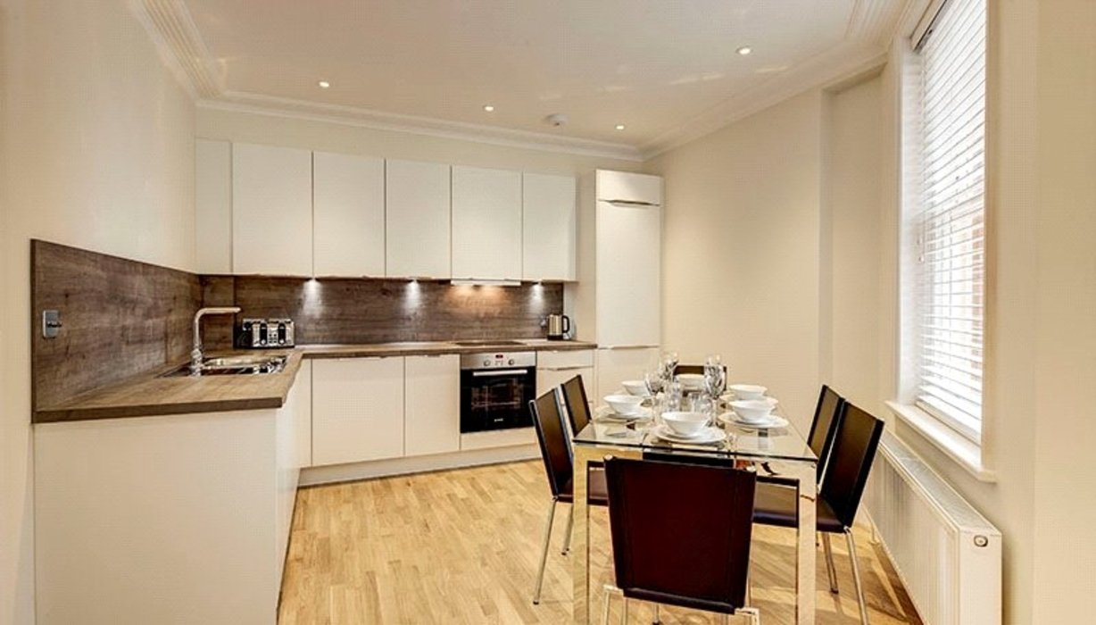 3 bedroom Flat to let in Hammersmith,London - Image 2