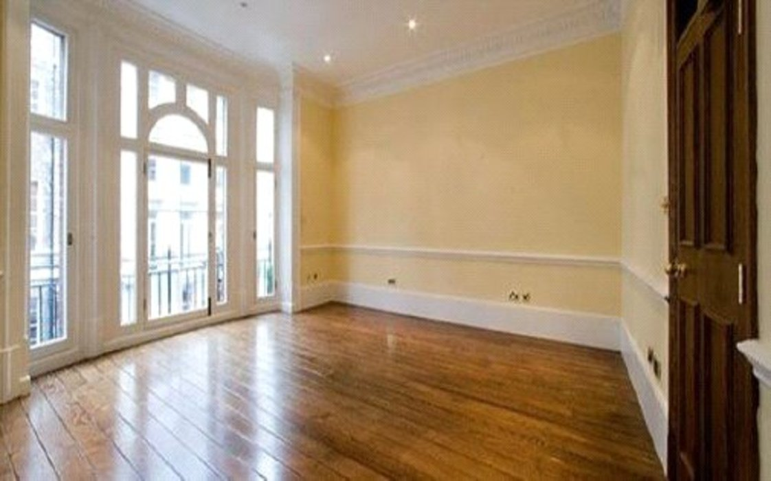 Property to let in Mayfair,London - Image 2