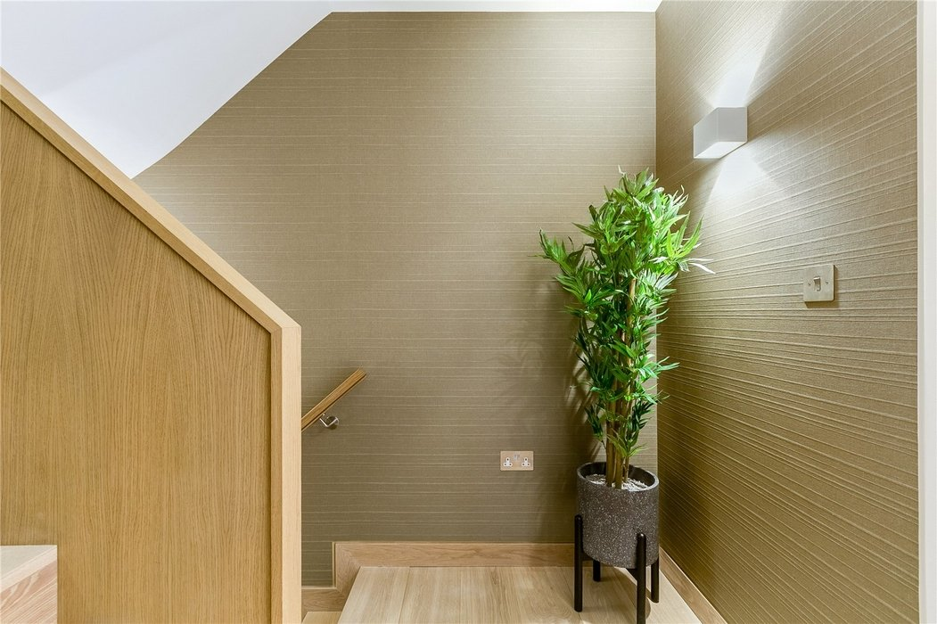 3 bedroom House to let in Mayfair,London - Image 21