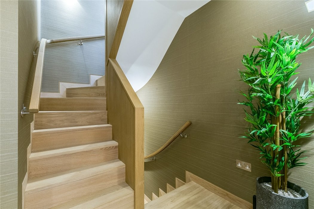 3 bedroom House to let in Mayfair,London - Image 20