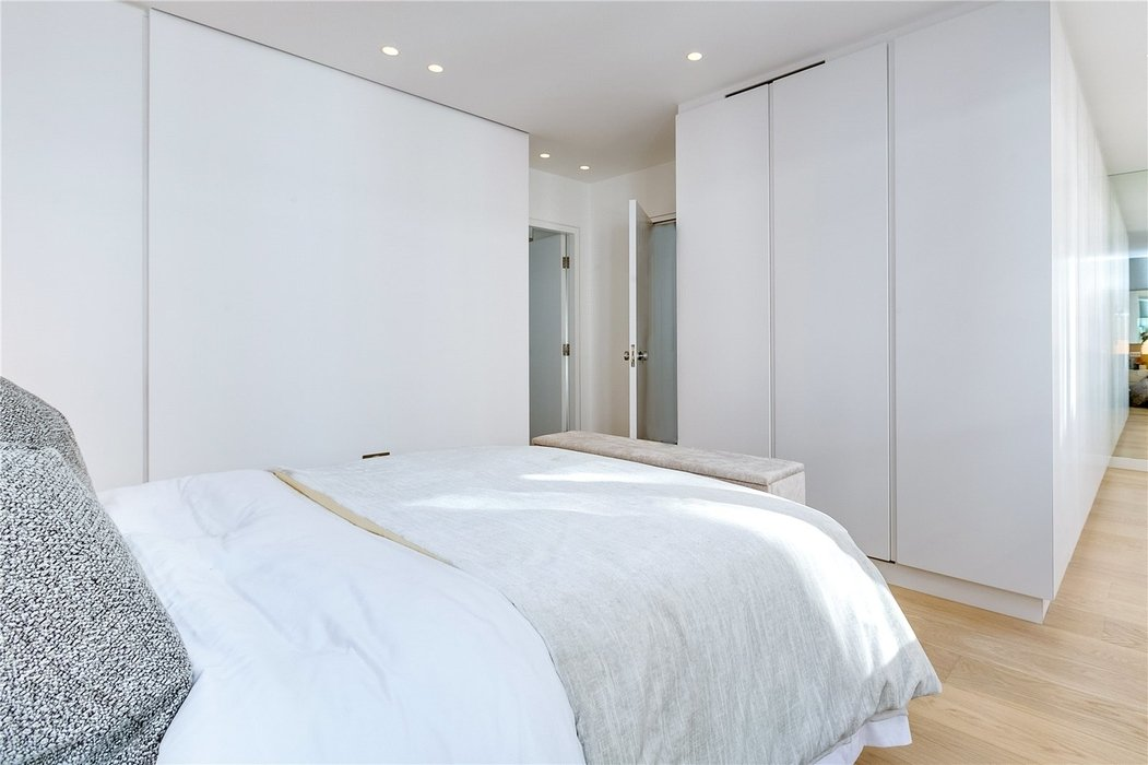 3 bedroom House to let in Mayfair,London - Image 12
