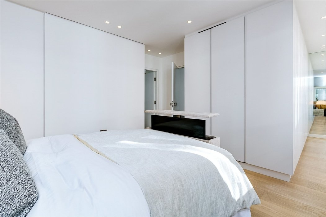 3 bedroom House to let in Mayfair,London - Image 11