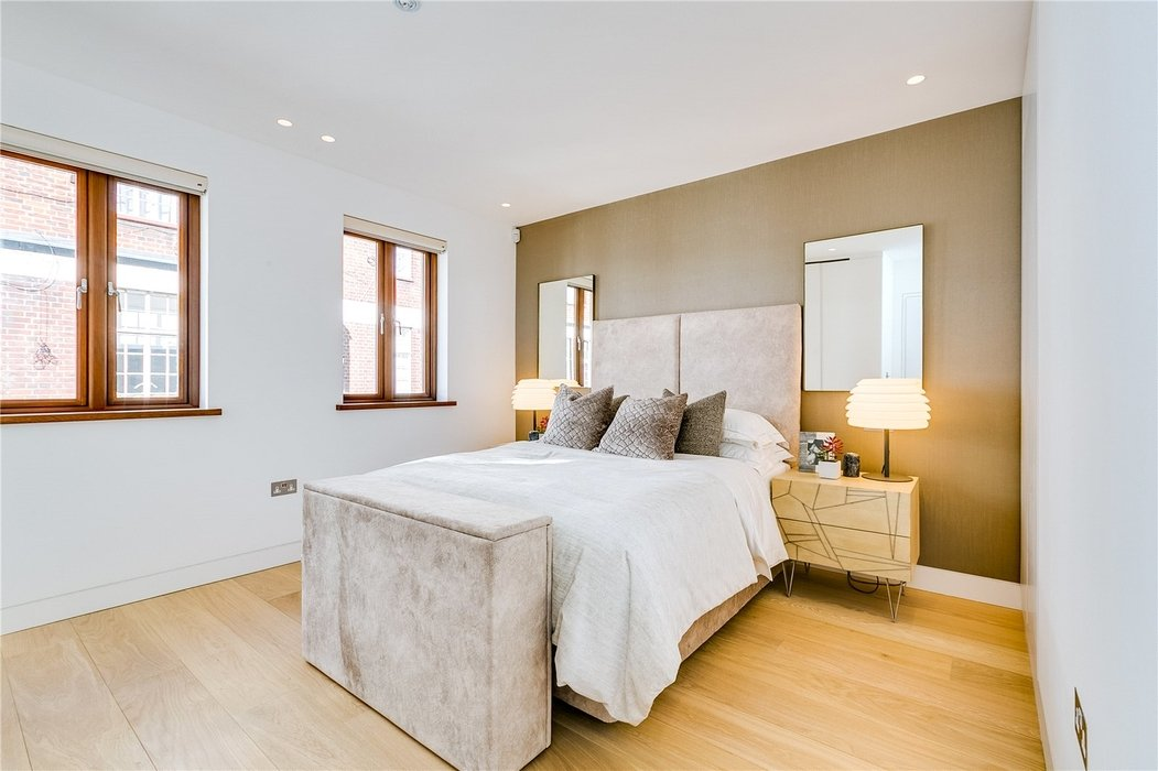 3 bedroom House to let in Mayfair,London - Image 10