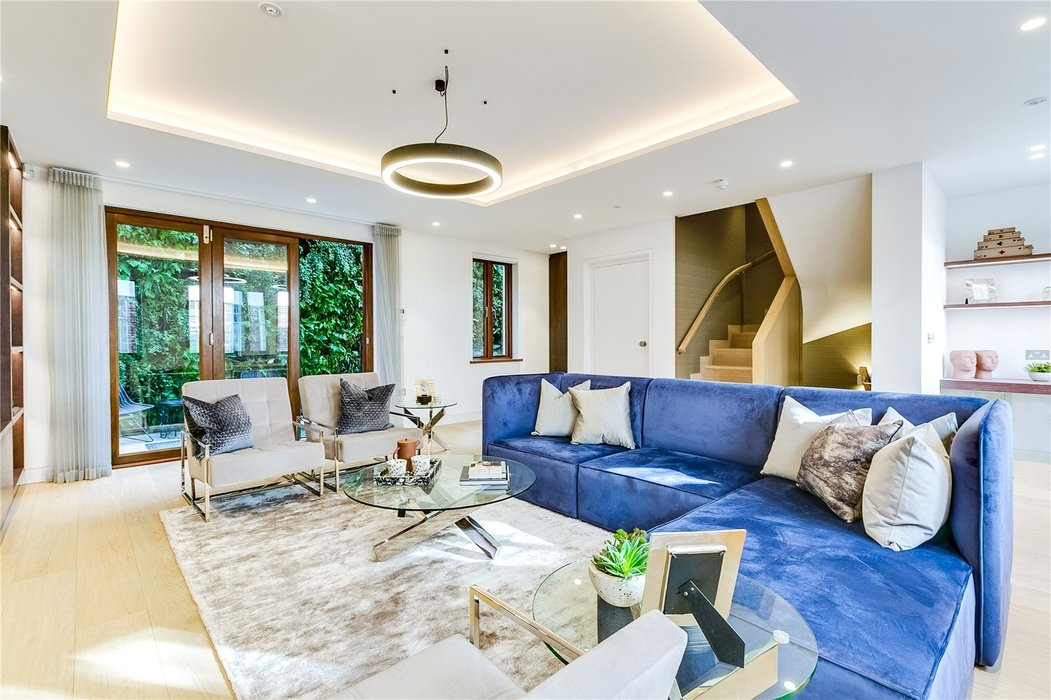 3 bedroom House to let in Mayfair,London - Image 1
