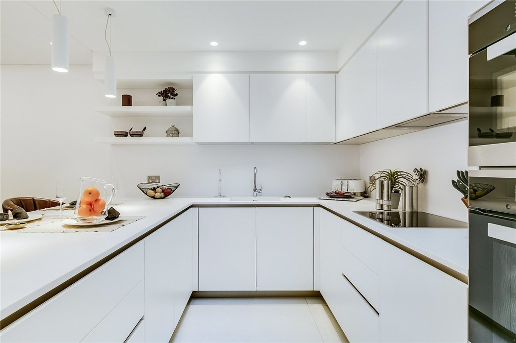 3 bedroom House to let in Mayfair,London - Image 16