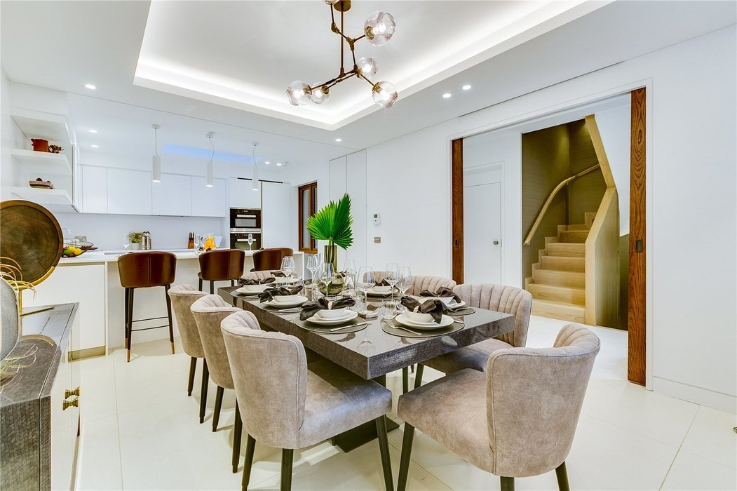 3 bedroom House to let in Mayfair,London - Image 17