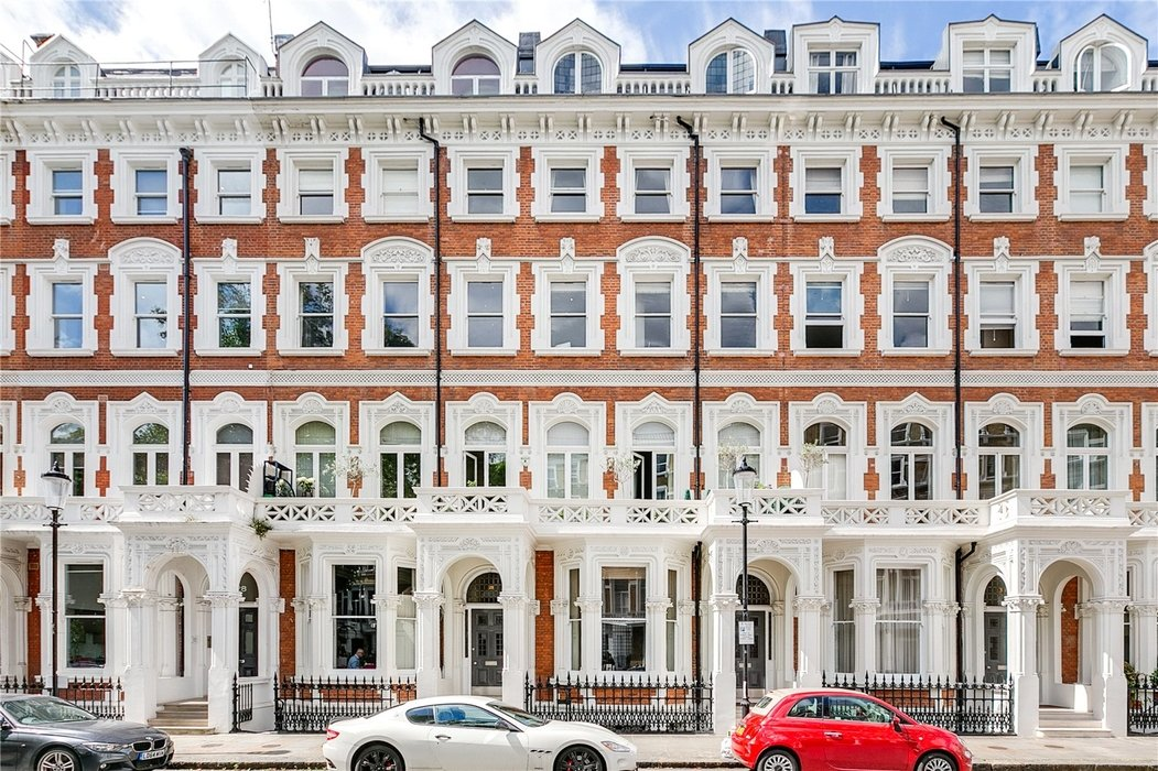 2 bedroom Flat for sale in South Kensington,London - Image 8