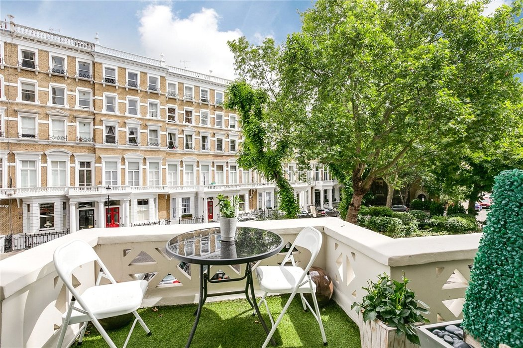 2 bedroom Flat for sale in South Kensington,London - Image 18