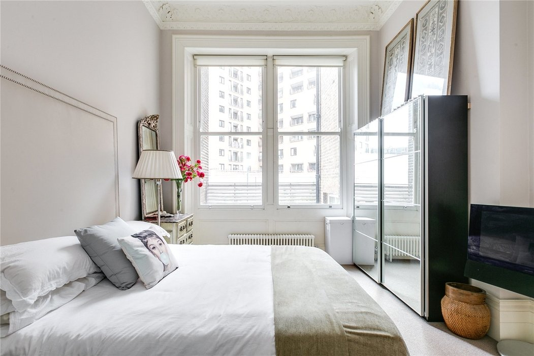 2 bedroom Flat for sale in South Kensington,London - Image 13
