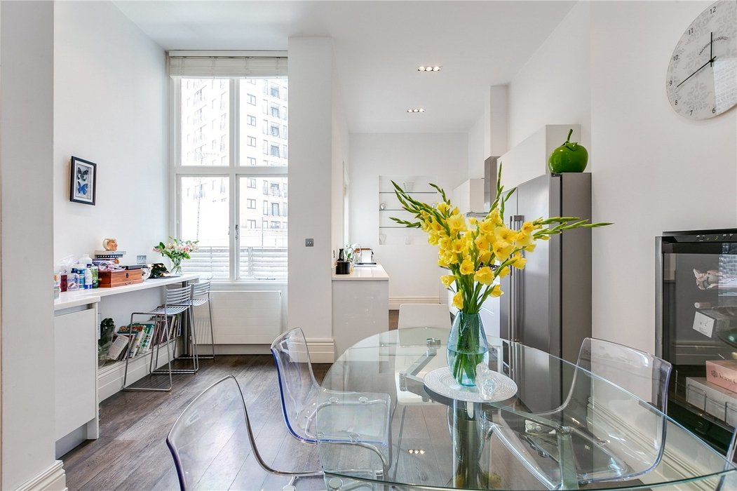 2 bedroom Flat for sale in South Kensington,London - Image 11