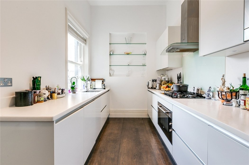 2 bedroom Flat for sale in South Kensington,London - Image 9