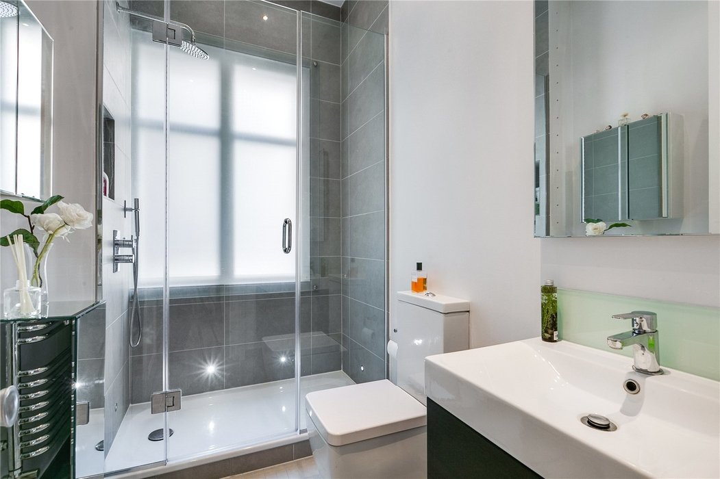 2 bedroom Flat for sale in South Kensington,London - Image 14