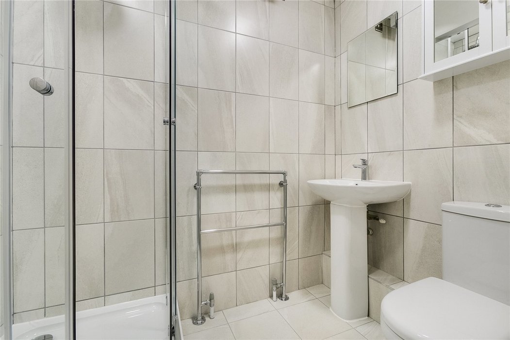 2 bedroom Flat to let in Mayfair,London - Image 10
