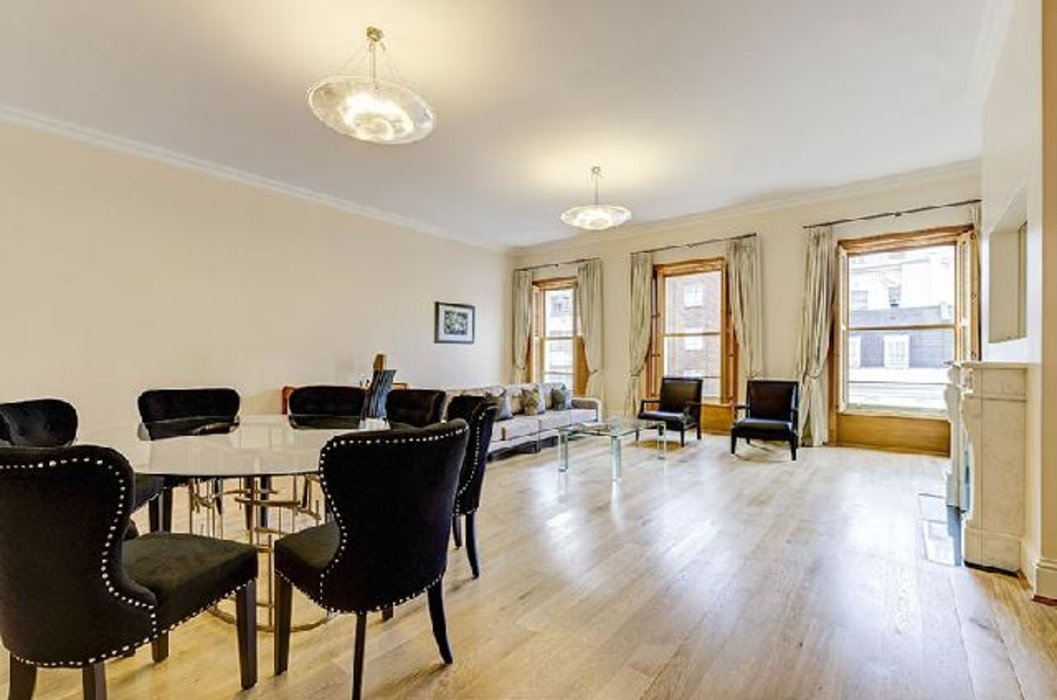 2 bedroom Flat under offer in Bayswater,London - Image 2