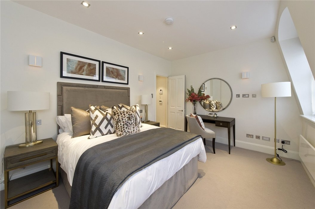 1 bedroom Flat to let in Mayfair,London - Image 4