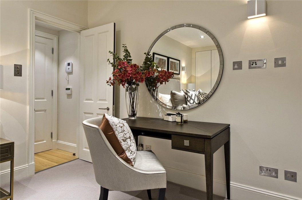 1 bedroom Flat to let in Mayfair,London - Image 7