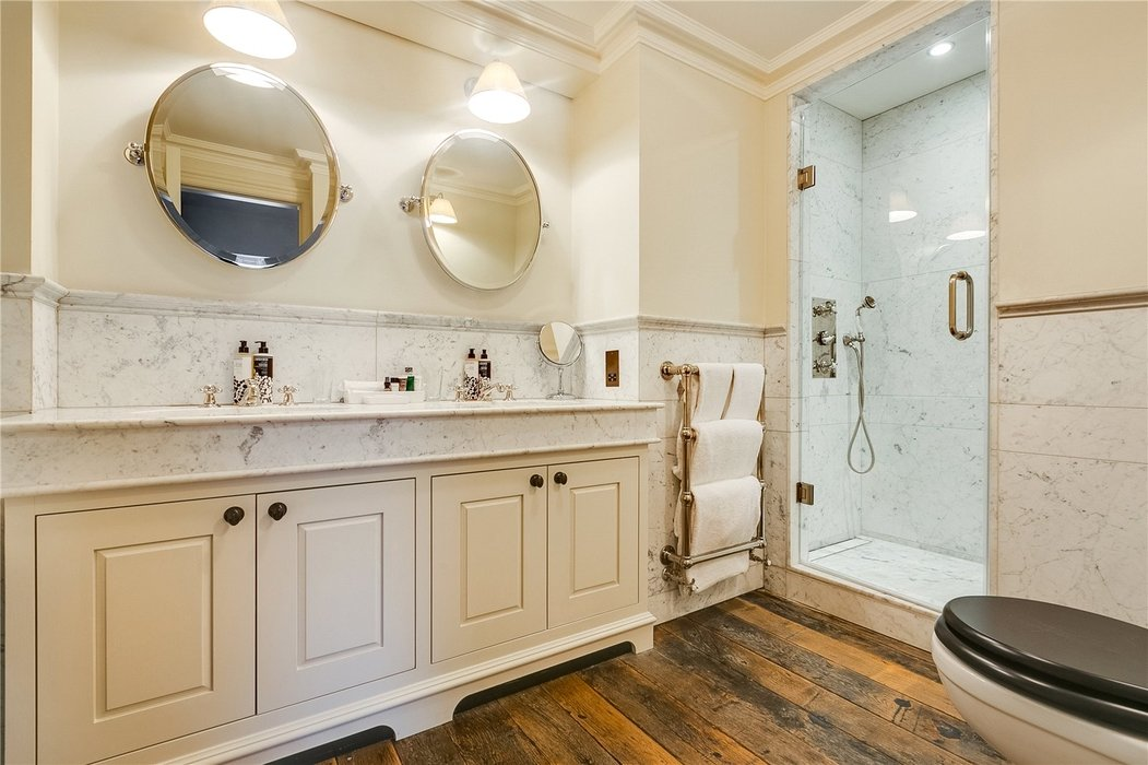2 bedroom Flat to let in Mayfair,London - Image 11
