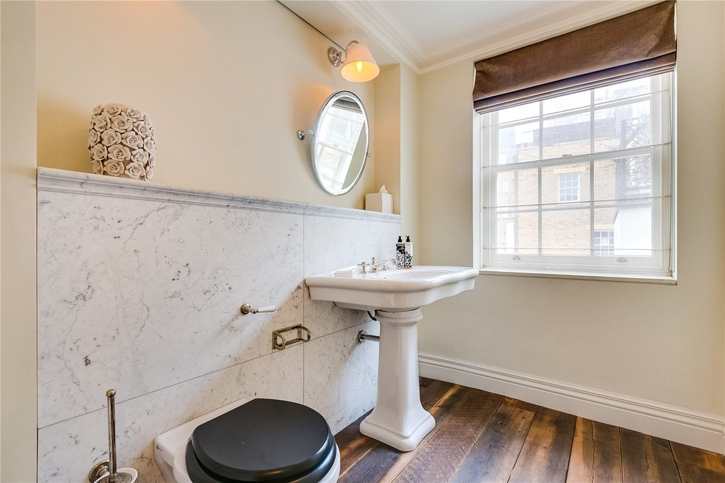 2 bedroom Flat to let in Mayfair,London - Image 13