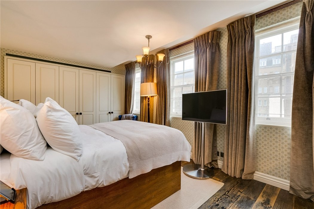 2 bedroom Flat to let in Mayfair,London - Image 12