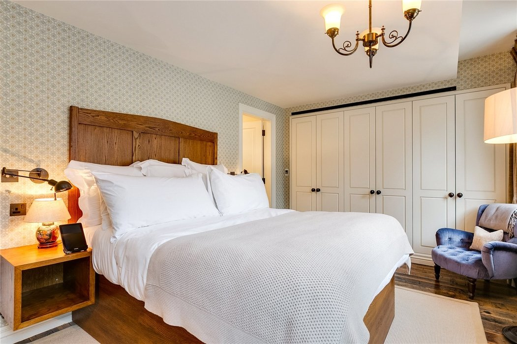 2 bedroom Flat to let in Mayfair,London - Image 14