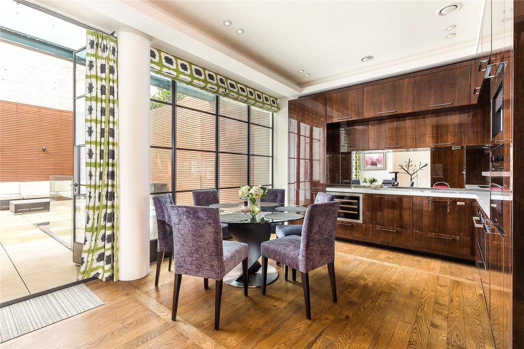 3 bedroom Flat new instruction in London - Image 4